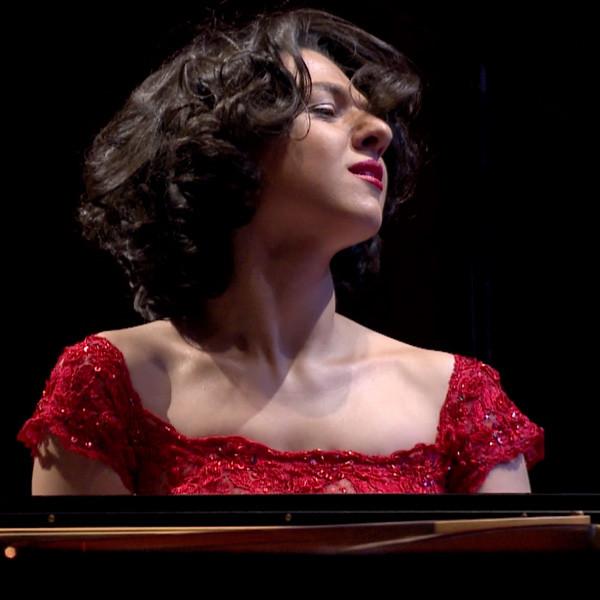 Kathia BUNIATISHVILI plays RACHMANINOV